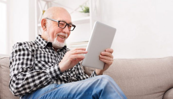 Maximize Your Earning: Here Is 5 Survey Taking Tips for Seniors!